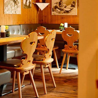 Der Gastraum im Wirtshaus Grüner