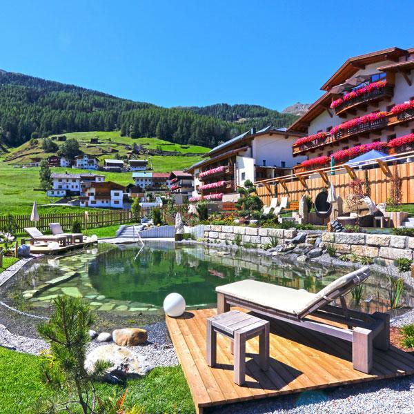 Alpengasthof Grüner Naturbadeteich und Hotel